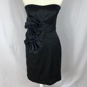 White House Black Market -Floral Ruffled Dress S 4